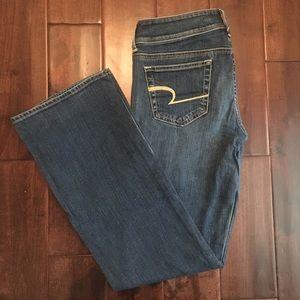 Women's American Eagle Jeans Size 6